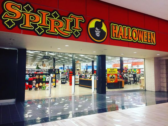 Spirit Halloween Hours Open